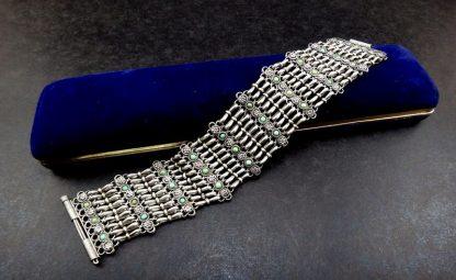 Bracelete Italiano, Prata com turquesas, anos 70 anos 70 familiamuda.com.br 2
