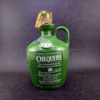 Raro Scotch Whisky Chequers The Superb, em Jarro de Cerâmica, anos 70