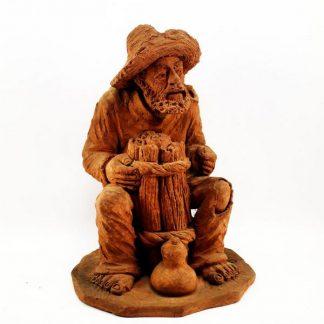 Escultura Artesão, em barro