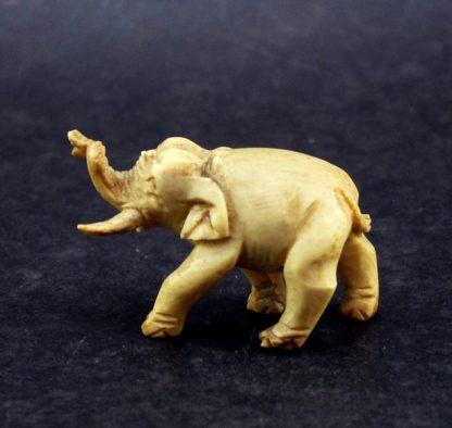 Elefante em Marfim